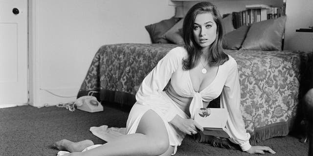 """English actress Valerie Leon on July 21, 1971. She later starred in two Bond films, """"The Spy Who Loved Me"""" and """"Never Say Never Again."""""""