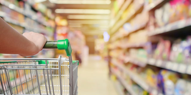 Surprise, surprise: Most supermarket shoppers agree that blocking the aisle is super annoying.