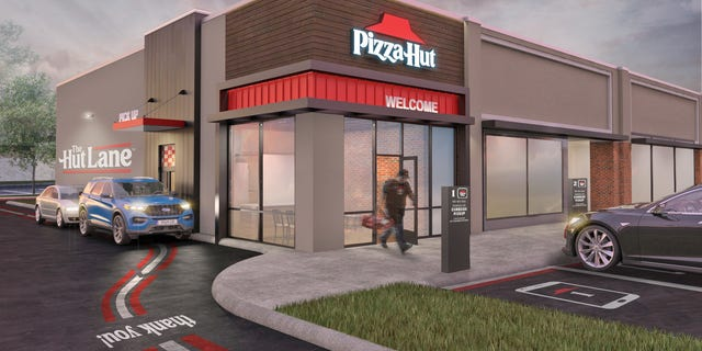 Pizza Hut is launching The Hut Lane, a digital pick-up window. (Courtesy of Pizza Hut).