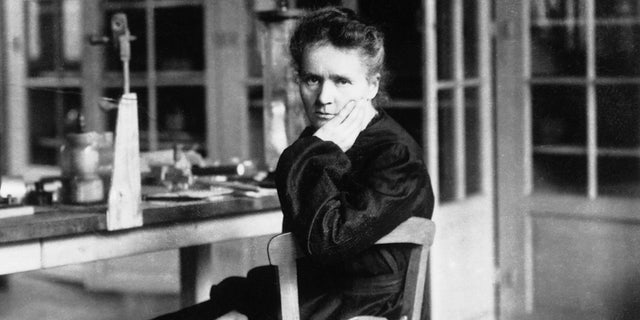 Marie Sklodowka Curie (1867 - 1934) in her laboratory. She shared a Nobel Prize in Physics in 1903 with her husband, Pierre, for their work in radioactivity. In 1911 she became one of the few people to be awarded a second Nobel Prize, this time in chemistry for her discovery of polonium and radium. Her daughter and son-in-law also shared a Nobel Prize for Chemistry in 1935 for work in radioactive materials. He went on to become the first chairman of the French atomic energy commission. France. (Photo by © Hulton-Deutsch Collection/CORBIS/Corbis via Getty Images)