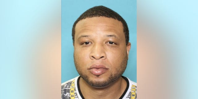DeArthur Pinson, 36, was sought in connection with the shooting of a Texas state trooper, authorities said.