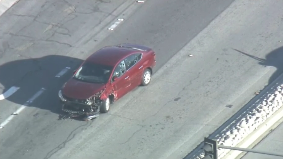 California freeway standoff ends hours later with child fleeing tear gas, driver in custody