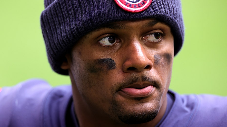 Deshaun Watson's former massage therapist: Quarterback never asked for 'sexual favors'