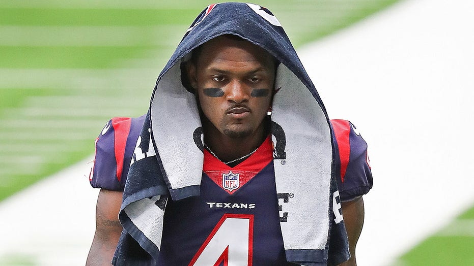 Ex-NFL star believes Deshaun Watson will play again: 'He's too good of a player'