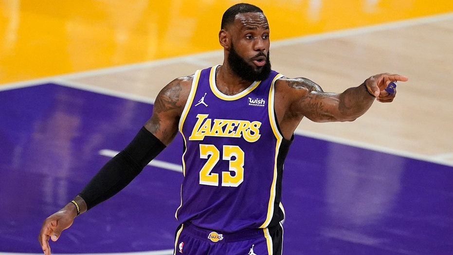 Ohio bar refuses to show NBA games until LeBron James is 'expelled', Lakers star fires back