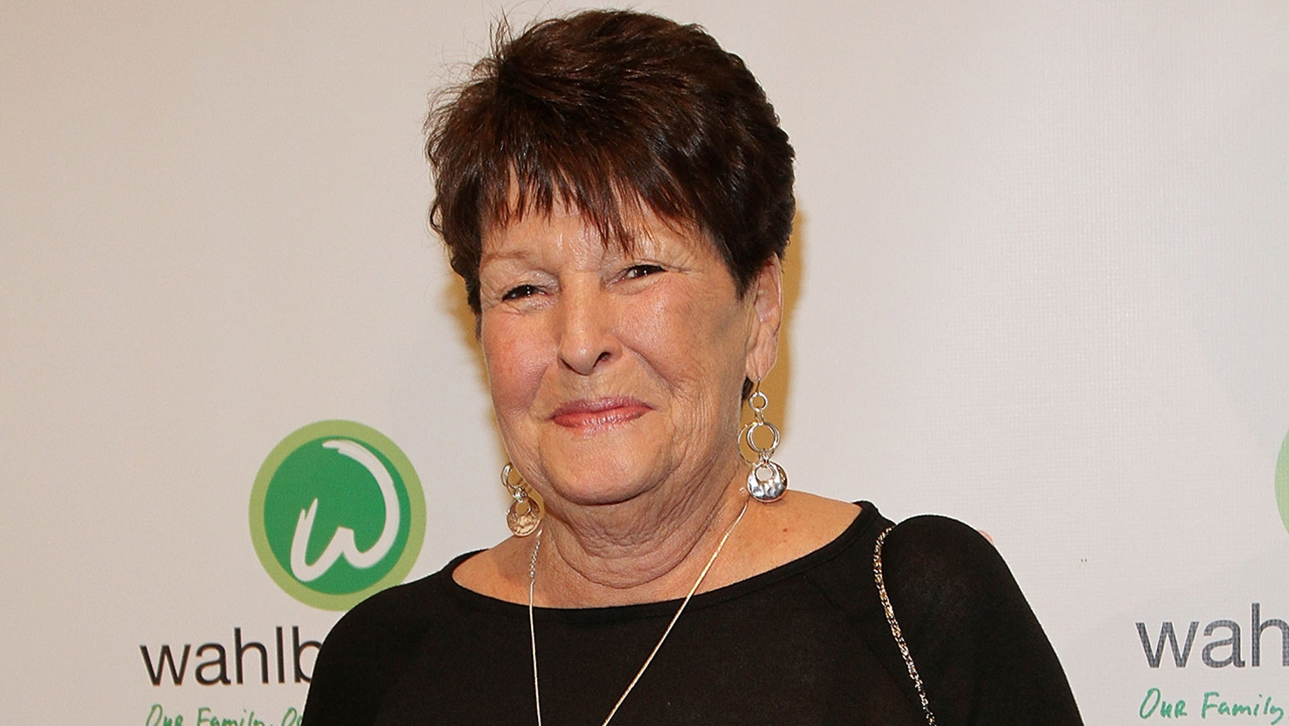 Alma Wahlberg, mom of actors Mark and Donnie and star of 'Wahlburgers,' dead at 78
