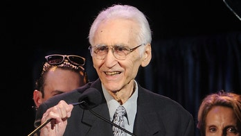 Former Four Seasons member Joe Long dead at 79
