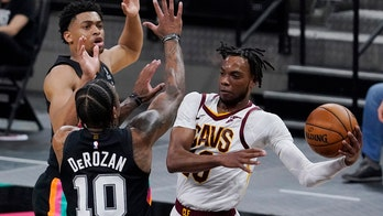 Garland shines as Cavaliers beat Spurs, end 5-game skid