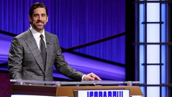 'Jeopardy!' guest host Aaron Rodgers' hilarious reaction to failed Green Bay Packers clue