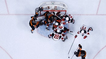 Flyers rally from 2-goal deficit, beat Devils in shootout