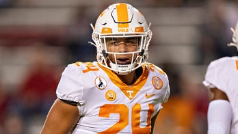 Tennessee suspends linebacker Aaron Beasley after animal abuse allegations surface