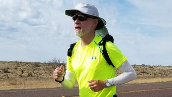 Texas man sets record, runs from Disneyland to Disney World for Type 1 diabetes awareness: 'Surreal'