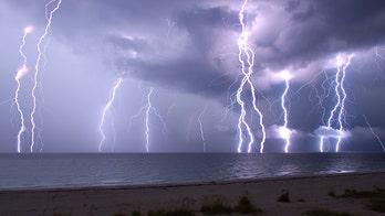 Selfie-taking siblings capture lightning-strike moment in England