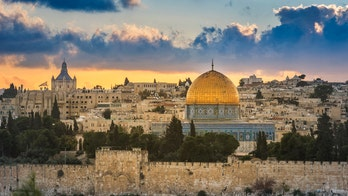 Israel welcoming vaccinated tourist groups into the country in May