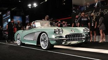 Kevin Hart spent $825,000 on a 'new' 1959 Chevrolet Corvette