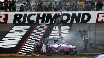 Bowman wins late in Richmond NASCAR Cup Series race