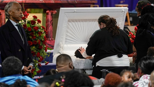 Daunte Wright funeral planned for Thursday after mourners attend Wednesday viewing