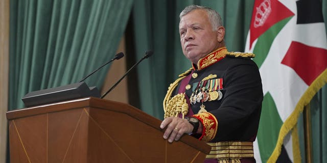 Jordan 'foils coup attempt involving royal family members, senior