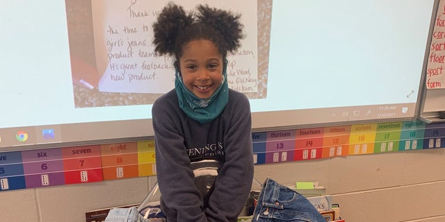 卡姆林·加德纳(Kamryn Gardner), 7, 从本顿维尔, 阿肯色州, wrote a letter to Old Navy earlier this year asking the company to make girls' jeans with real front pockets.