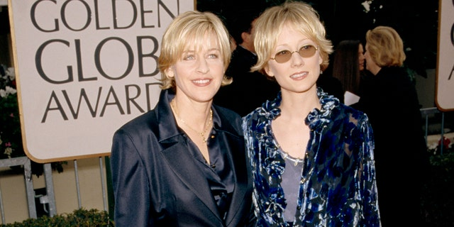 Anne Heche gave her outfit at the 1998 Golden Globes a 0/10 on TikTok.