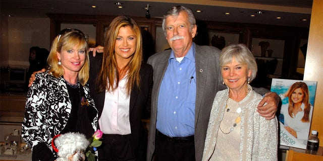 Kathy Ireland and sister Mary with Skipper, father John and mother Barbara.