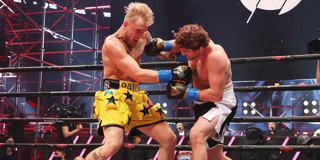 ATLANTA, GEORGIA - APRIL 17: Jake Paul fights Ben Askren in their cruiserweight bout during Triller Fight Club at Mercedes-Benz Stadium on April 17, 2021 in Atlanta, Georgia. (Photo by Al Bello/Getty Images for Triller)