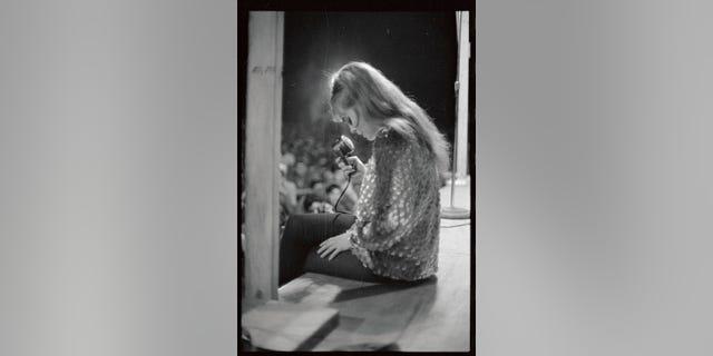 Ann-Margret at a U.S. base in Vietnam.