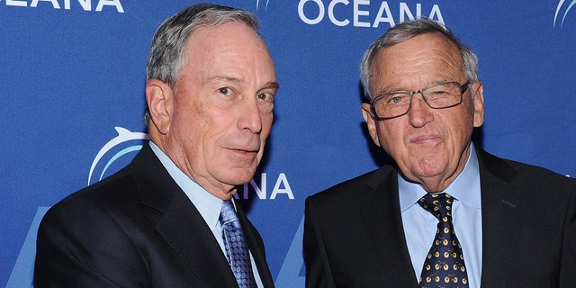 Former Mayor of New York City Michael Bloomberg and philanthropist Hansjorg Wyss attend Oceana's 2015 benefit at Four Seasons Restaurant on April 1, 2015 in New York City. (Photo by Craig Barritt/Getty Images for Oceana)
