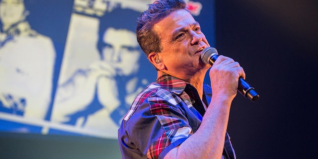 Les McKeown of The Bay City Rollers has died, his family confirmed on Thursday. He was 65. (Photo by Brian Rasic/WireImage)