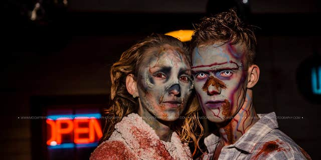 Padgett and Reynolds both love all things Halloween and horror, the photographer felt they could be compatible according to their applications.