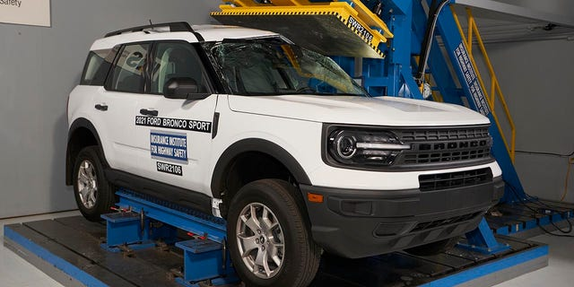 The 2021 Ford Bronco Sport recieved top marks in IIHS safety tests.