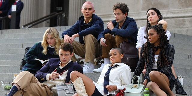 Eli Brown, Zion Moreno, Jordan Alexander, Tavi Gevinson, Emily Alyn Lind, Savannah Smith and Thomas Doherty are seen on the set of 'Gossip Girl' on November 10, 2020 in New York City.