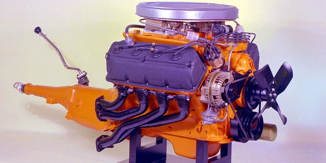 A drag racing version of the 426 Hemi V8 debuted in 1964