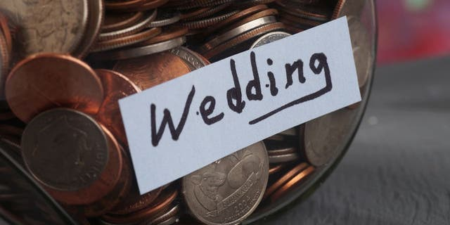 An anonymous father took to Reddit earlier this month to see if he was in the wrong for spending the wedding fund he saved for his daughter on gifts for himself. (iStock)