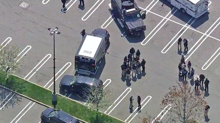 1 dead, 2 hurt in Long Island supermarket office shooting, suspect at large: Police