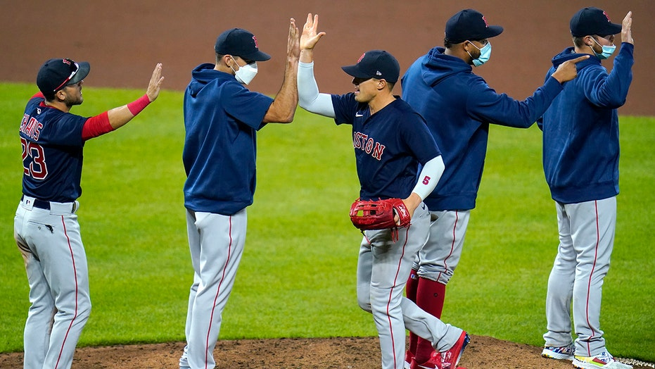 Red Sox extend win streak to 5, beat Orioles 6-4 in 10