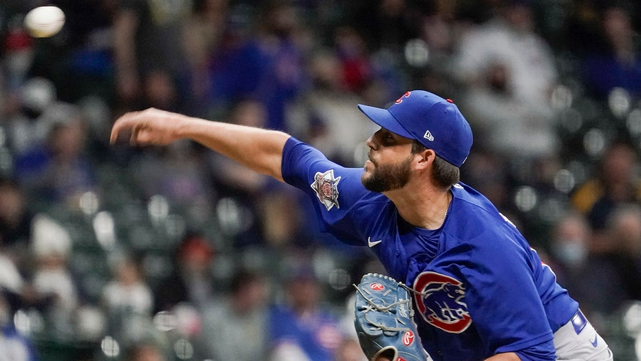Cubs' Tepera suspended for 3 games, manager Ross 1 by MLB