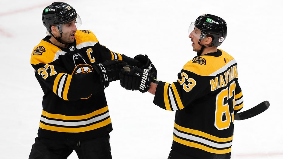 Krejci, Bergeron, Marchand score 2 as Bruins beat Caps 6-3