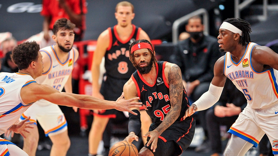 Boucher, Raptors hand Thunder 10th straight loss, 112-106