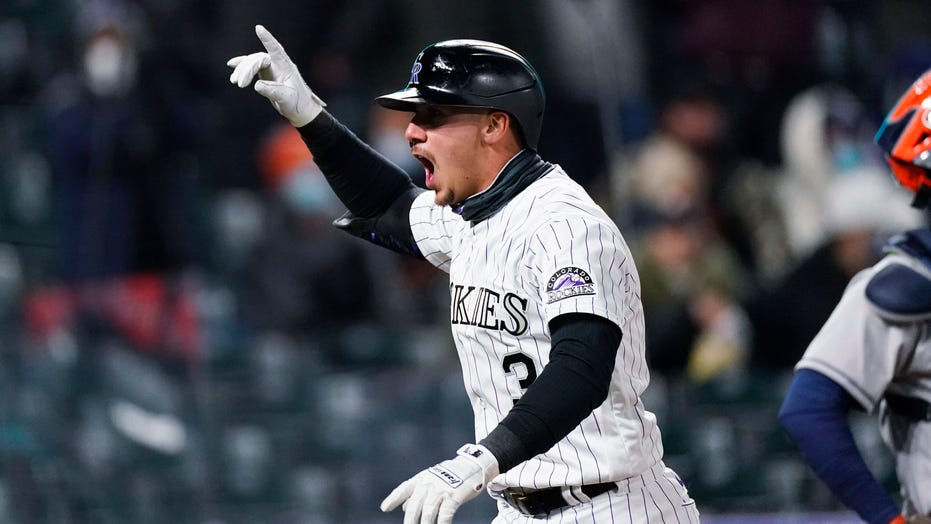 Cron's 5 RBIs key Rockies' 6-2 win over Astros