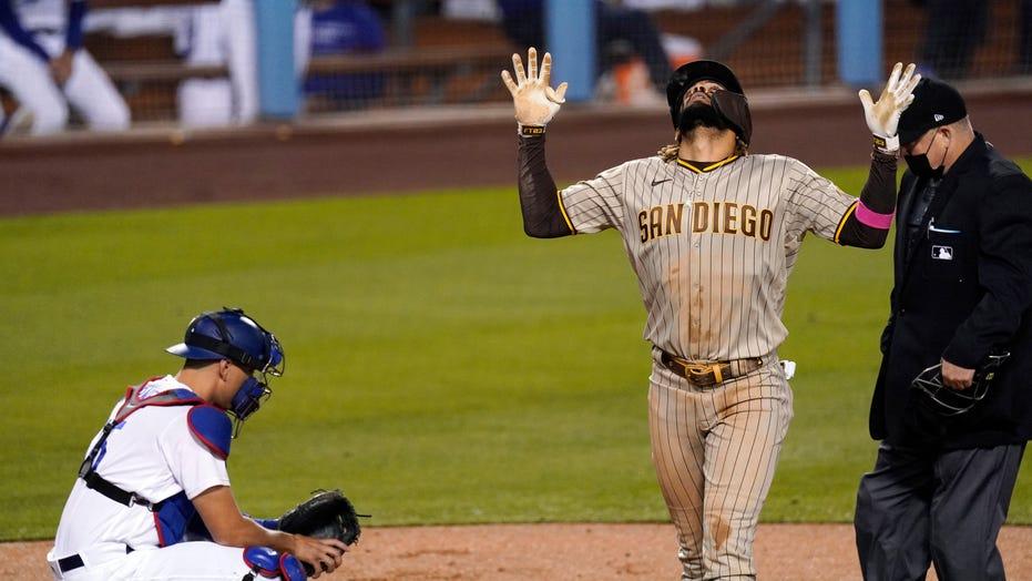 Like father, like son: Tatís hits 2 HRs, Padres beat LA 6-1
