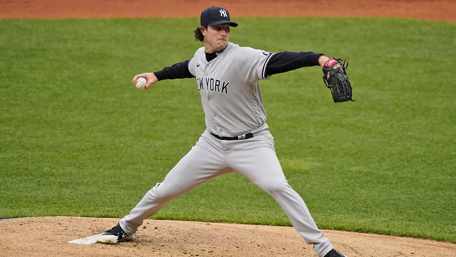 Cole outduels Bieber in ace matchup, Yankees edge Indians