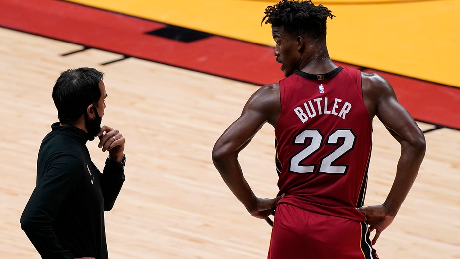 Heat waste big lead, then hang on late to beat Bulls 106-101