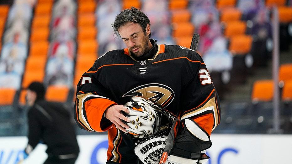 Ryan Miller's time: Ducks goalie to retire at end of season