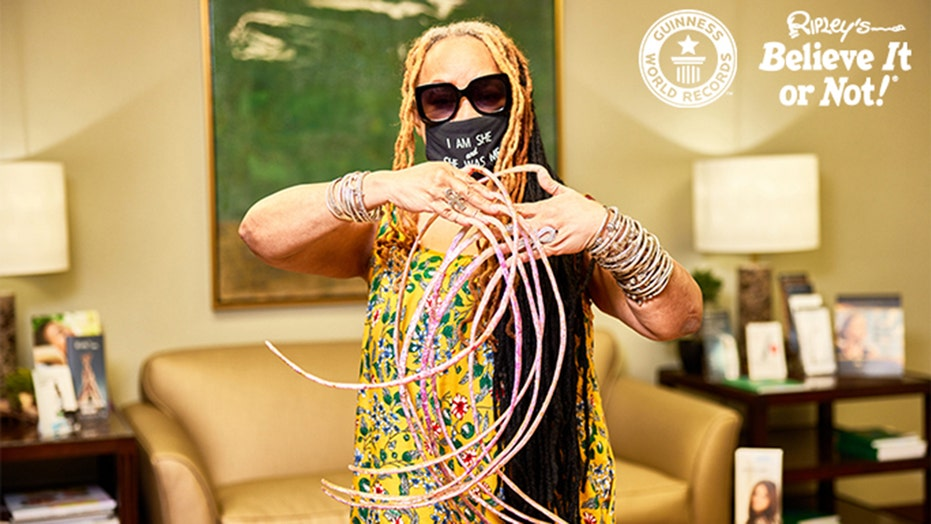 Woman with the longest fingernails cuts them for first time since the 90s