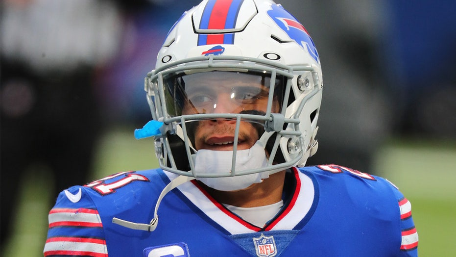 Jordan Poyer's wife slams COVID vaccine mandate at Bills games: 'Very disturbed'