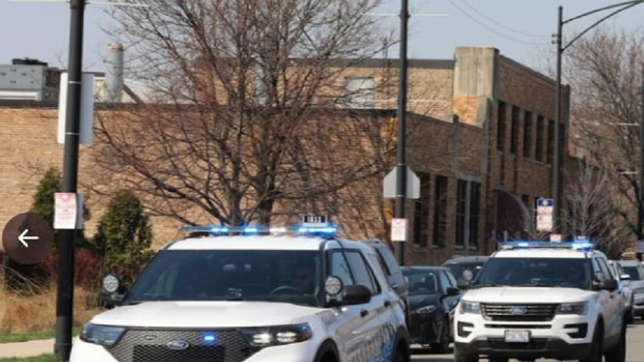 도로 분노 사건 동안 시카고 유아 총, 보도 총알 싸움 중 7 명이 다쳤습니다., 경찰은 말한다
