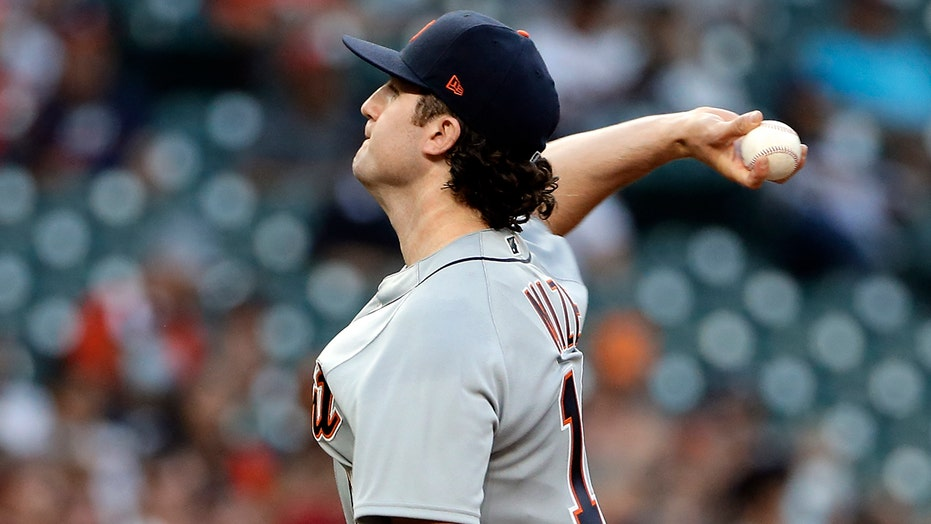 Mize gets 1st win; Tigers beat Astros 6-2 in Hinch's return