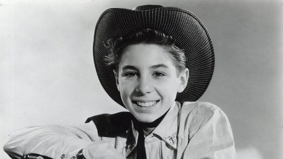 'The Rifleman' star Johnny Crawford dead at 75