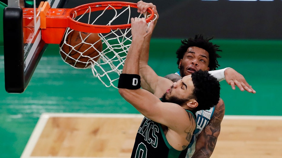 Tatum's 22, 3-pointers lift Celtics over Hornets, 116-86